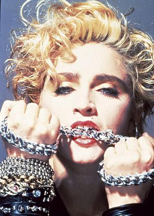 madonna_chains_narrowweb__300x4210.jpg